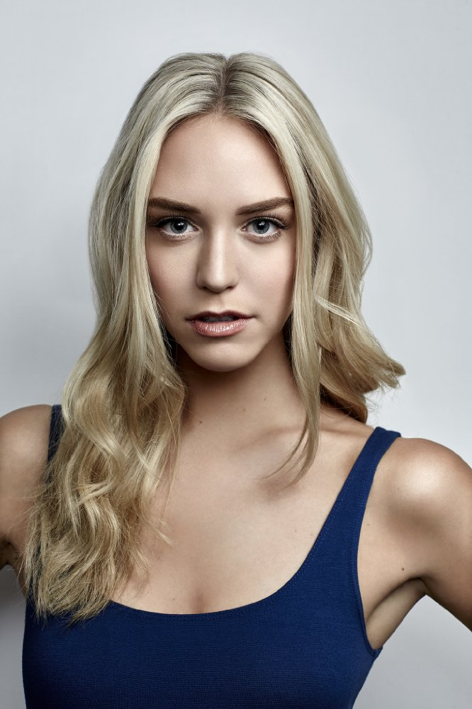 Watch Movie America's Next Top Model - Season 09