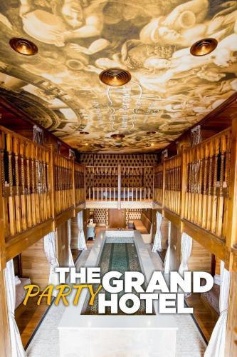 Watch Movie The Grand Party Hotel - Season 1